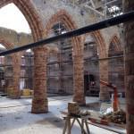 vieille jaune-rose moulée main récupérée d'abbaye - rénovation église brûlée de Westkapelle