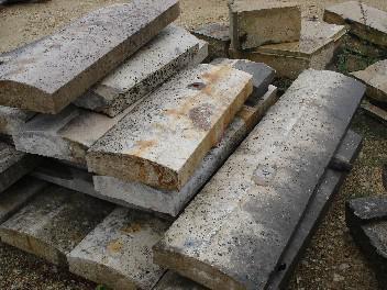 ANCIENS COUVRES MUR EN PIERRE DE BOURGOGNE