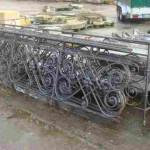 OLD ANTIQUE FOUNDRY IRON PARAPET
